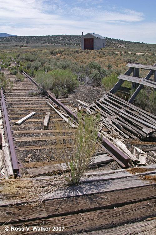 Railroad tracks and engine house cobre nevada for House of tracks